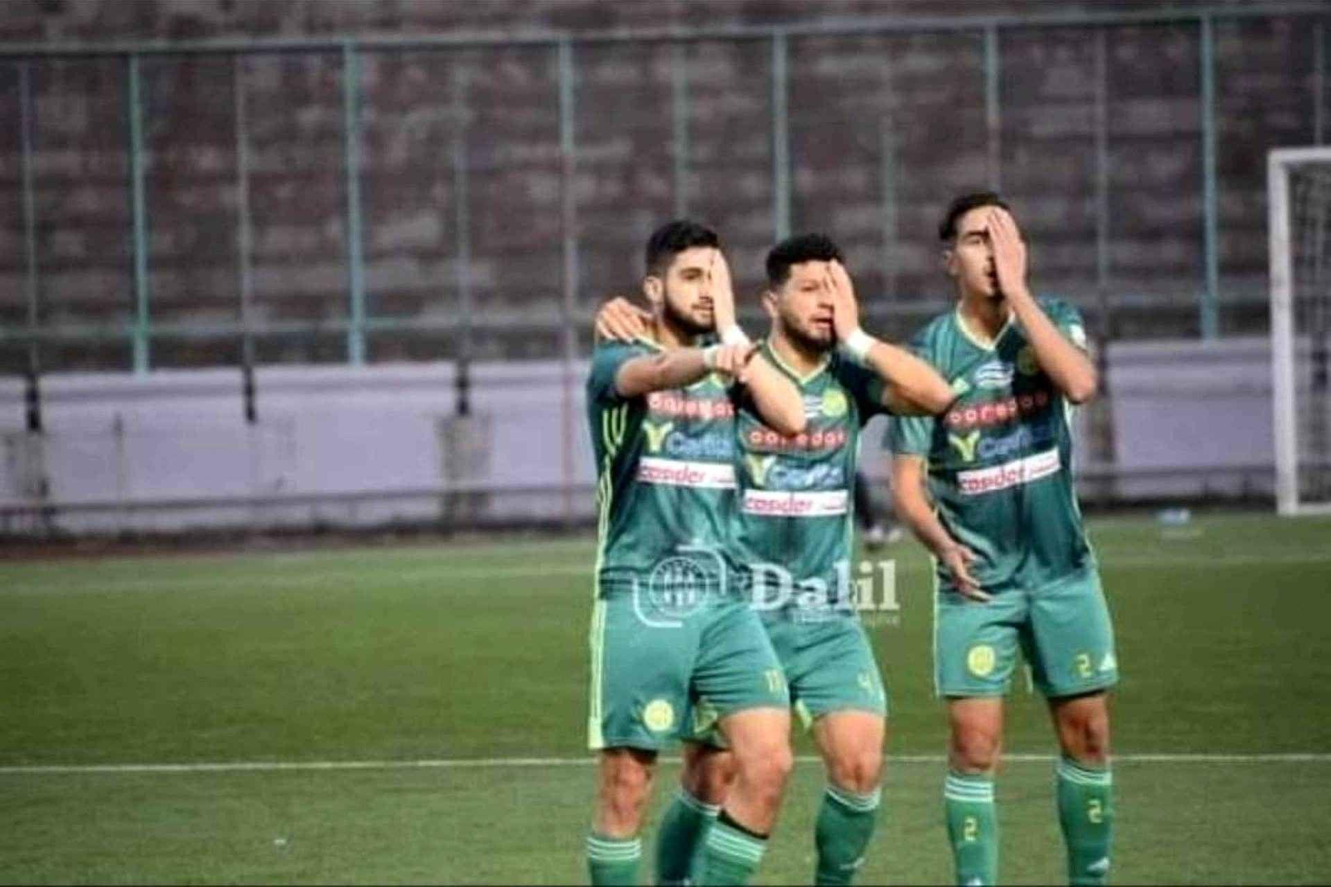 Les joueurs de la JSK solidaires avec les blessés du Hirak
