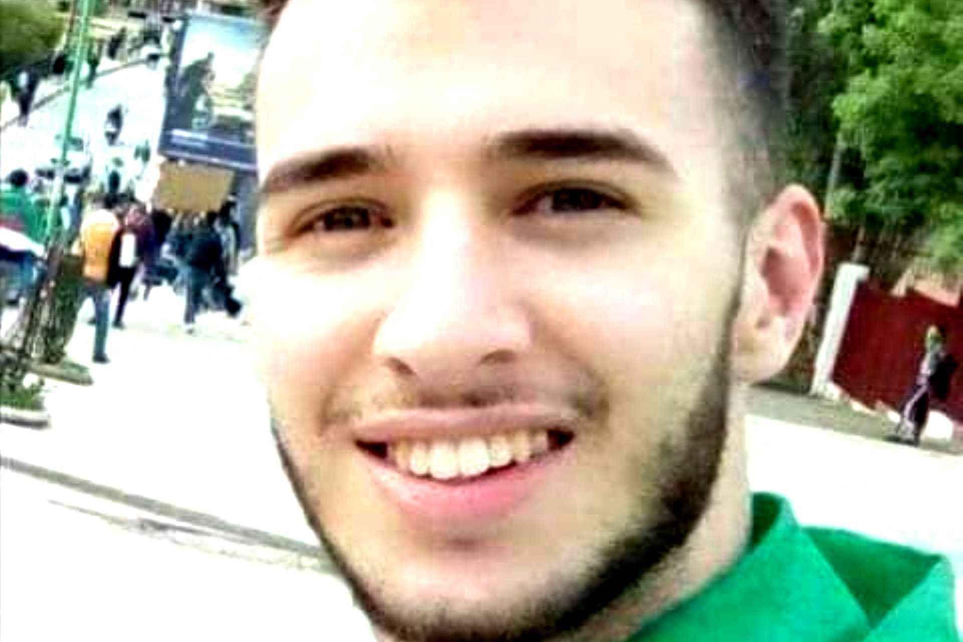 Le détenu d'opinion et étudiant en médecine dentaire, Smail Chebili, quitte la prison d'El Harrach demain dimanche