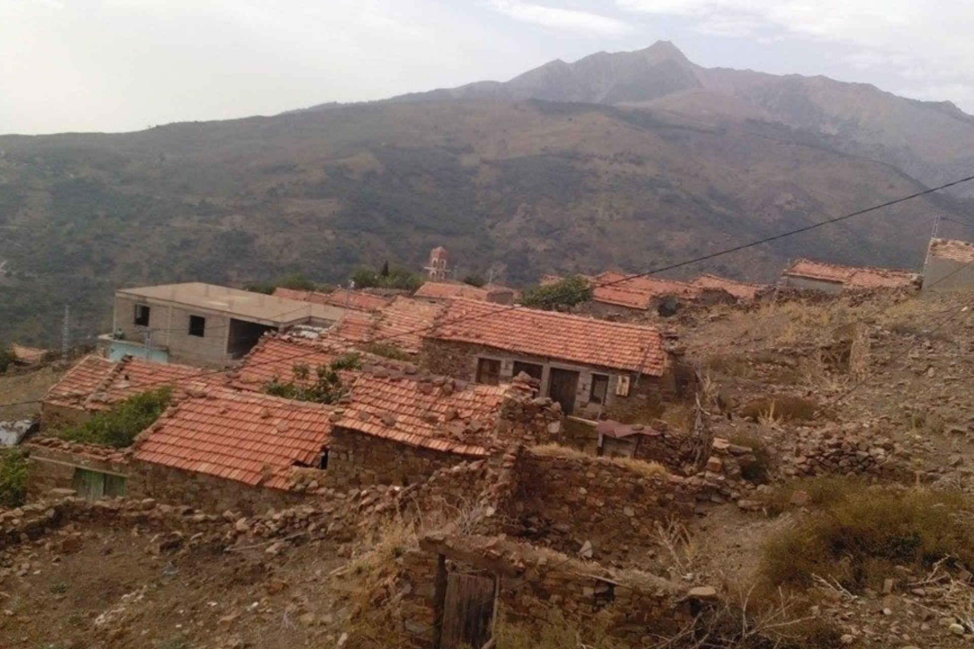 Rafour (Iwaquren) : le collectif écologique Iwaquren lance un appel pour sauver le patrimoine de leur région